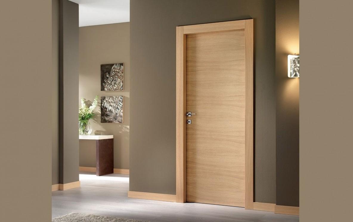 Εσωτερική Πόρτα χρώμα καφέ